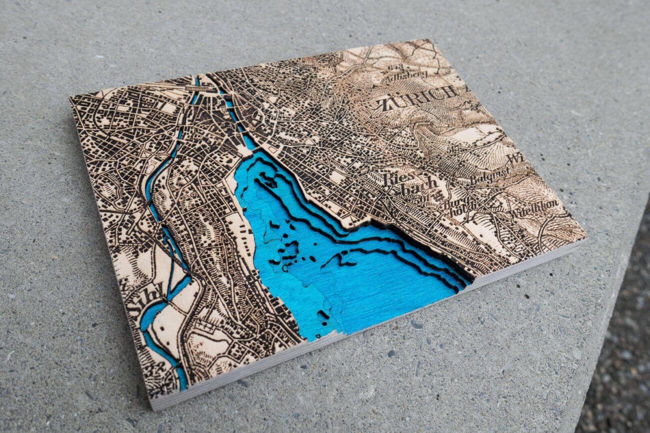 Lasercut und Laser Gravur Dufour Karte von Zürich 1944 mit Tiefenkarte von Robin Hanhart