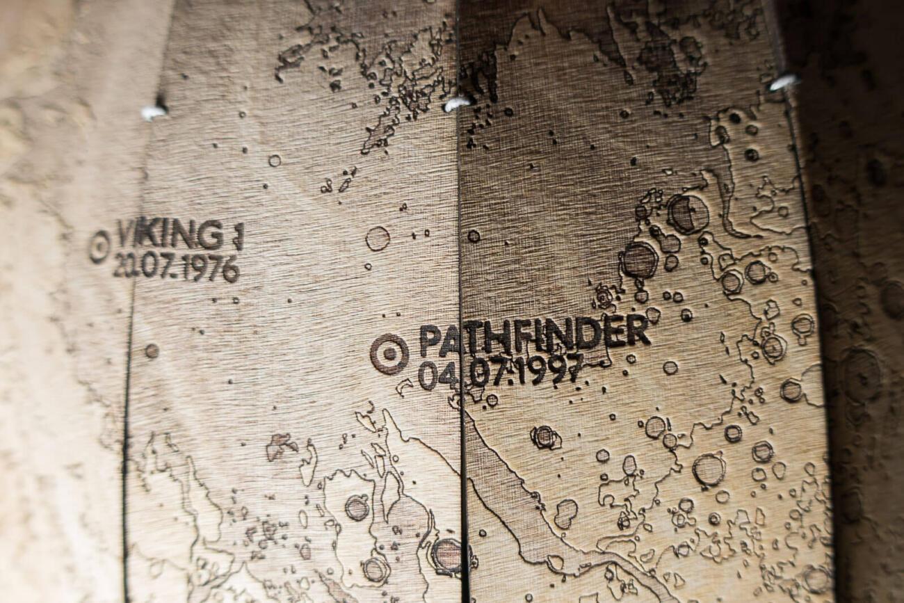 Mars Globus Lasercut Prototyp - Pathfinder NASA Ares Vallis