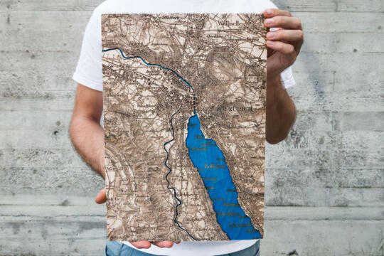 Dufour Map of Zurich 1944 - Laser engraved in Wood at the Atelier Store - Format Large 42cm x 29cm