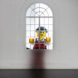 Laser Cut und Gravur Plexiglas Acryl mit LEGO Figur